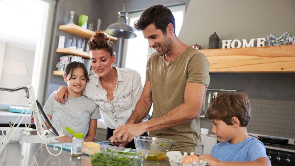 Activité week-end, cuisiner en famille